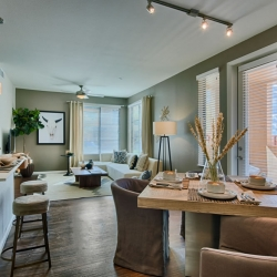 Model-Homes-Elan_at_Desert_Ridge-39
